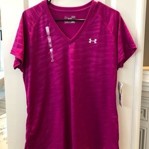 NWT Woman's Under Armour T.